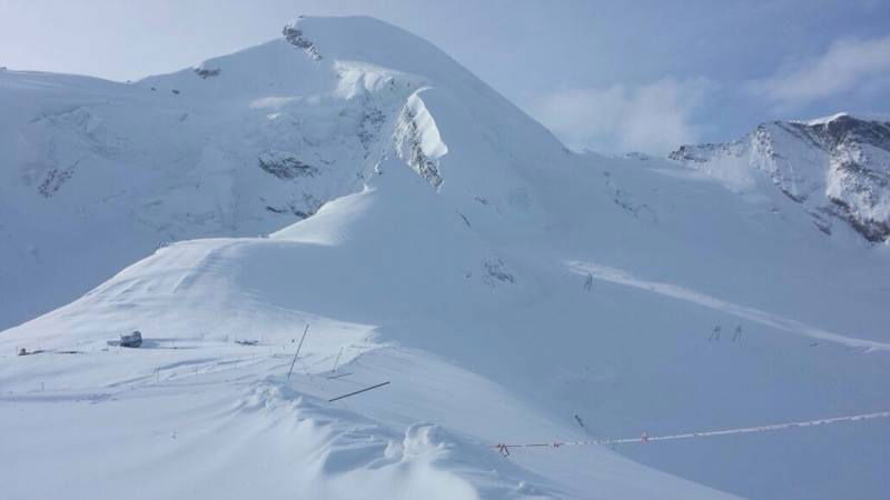 Saas-Fee-Ski-Zenit-Ski-School